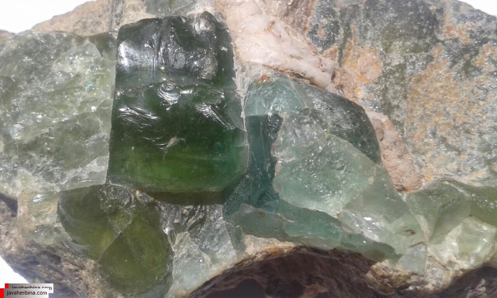 کارشناسی سنگ های قیمتی