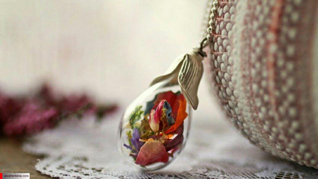 جواهرات زیبا با گل و گیاه